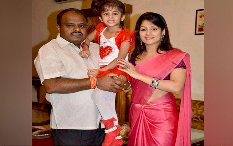 jds leader hd kumaraswamy second wife and movie actress radhika kumaraswamy story